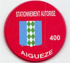 ANCIENS BADGES DE STATIONNEMENT (ROUGE) NE SONT PLUS VALABLES